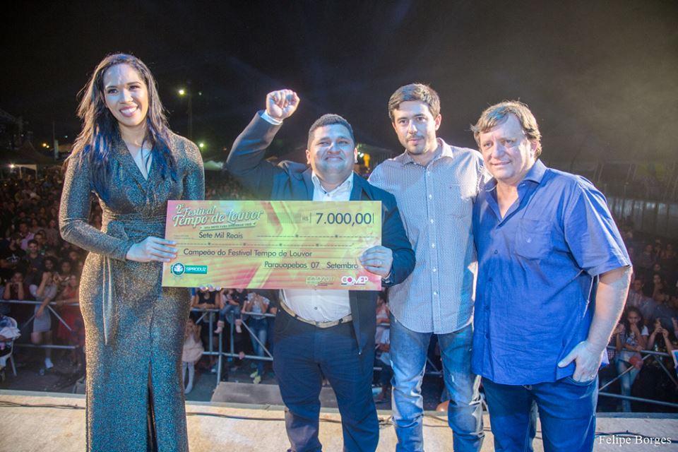 Kardson Soares é o grande campeão do Festival Tempo de Louvor em 2017