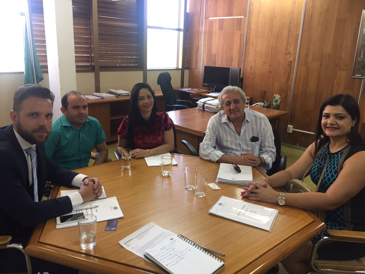 Vereadores Braz e Joelma Leite viajam à Brasilia e cobram celeridade na inscrição dos processos contra a mineradora Vale