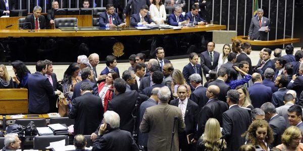 Deputados votam MP 789 e mudam alíquota do CFEM para 3,5% do bruto