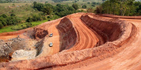 Mineradora prevê contratar até 160 para 'a descoberta' de minério