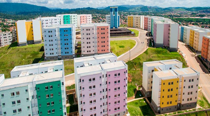 Criança é 'flagrada' em área de risco no Residencial Alto Bonito em Parauapebas