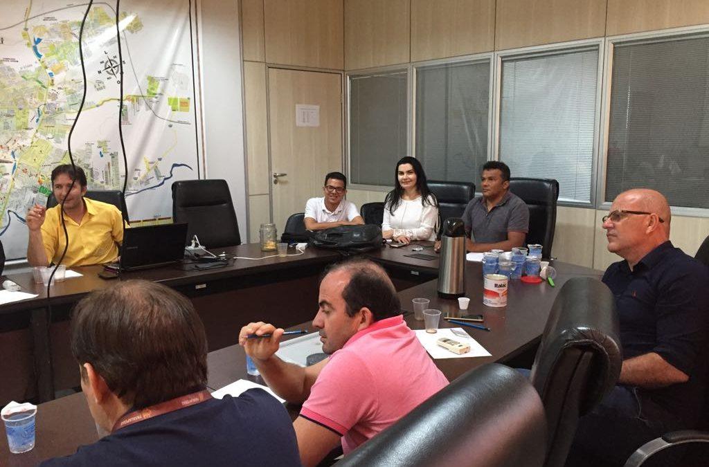 Secretaria de Obras apresenta cronograma de obras para vereadores