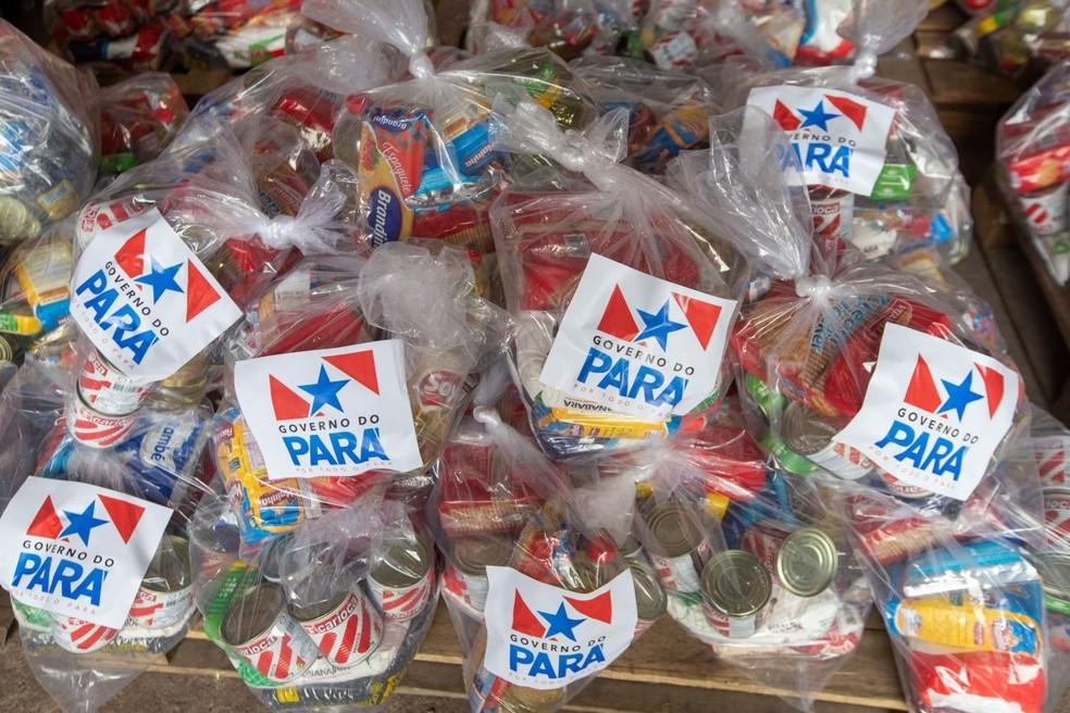 Mil cestas de alimentos são doadas para ajudar no combate à pandemia do coronavírus