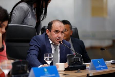 Vereador Braz pede construção de unidades de saúde e Cras no complexo Tropical