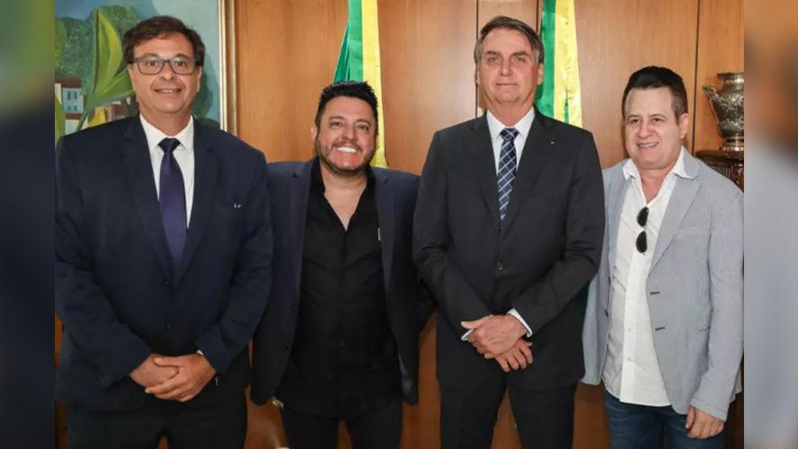 Bolsonaro nomeia Bruno e Marrone embaixadores do turismo no Brasil