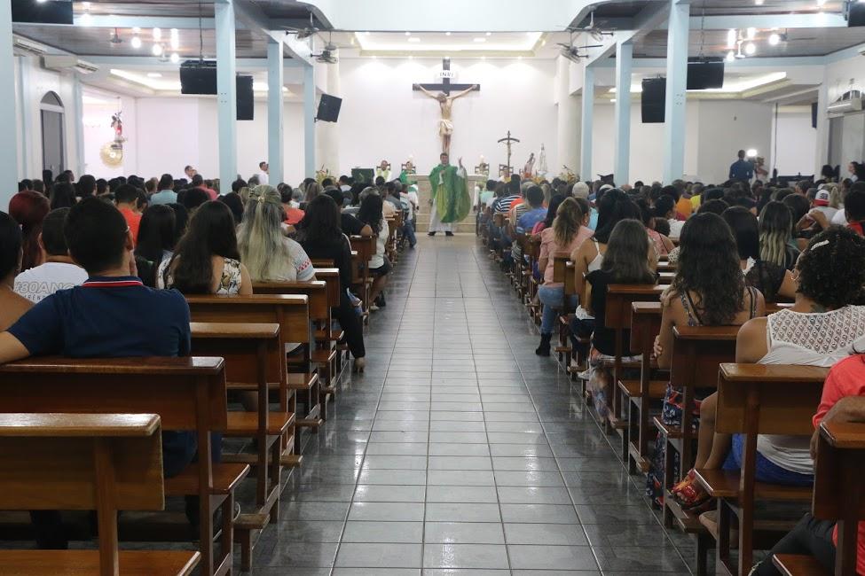 Fiéis de Parauapebas marcam presença na abertura da festa de São Sebastião