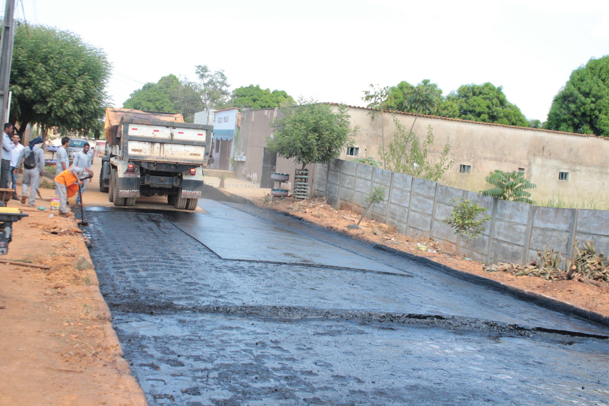 Operação tapa-buracos segue nas ruas de Curionópolis