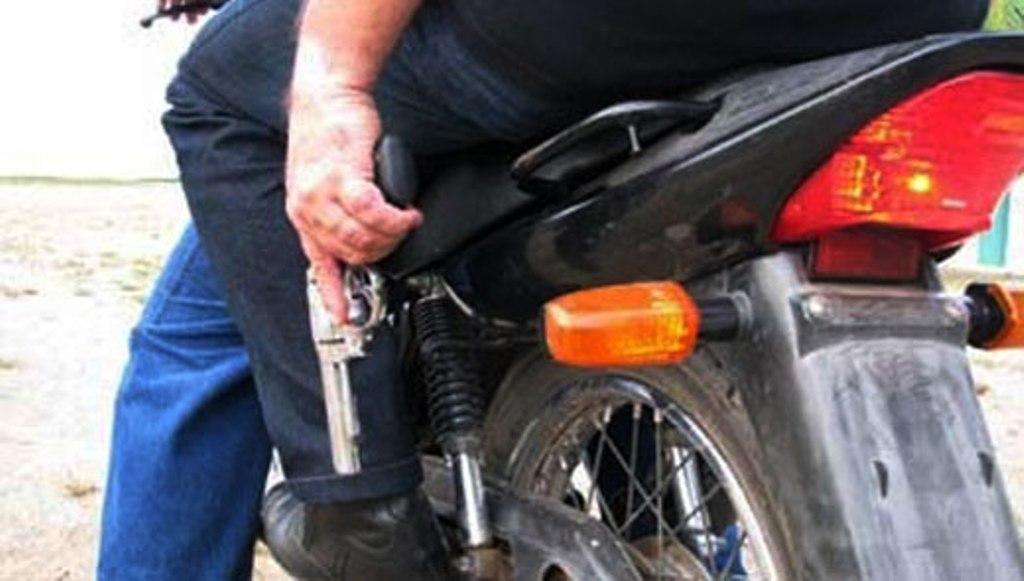 Homem é perseguido por dupla em moto e morto a tiros em Parauapebas