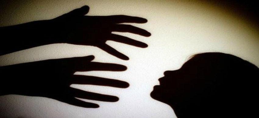 Mãe constrói quarto para companheiro abusar da própria filha