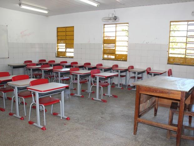 Prédio de escola em Parauapebas tem principio de incêndio e alunos estão há 15 dias sem assistir as aulas