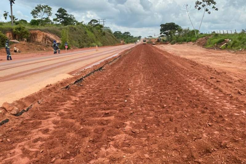 Estado executa obras de reconstrução na PA-275 entre Parauapebas e Eldorado