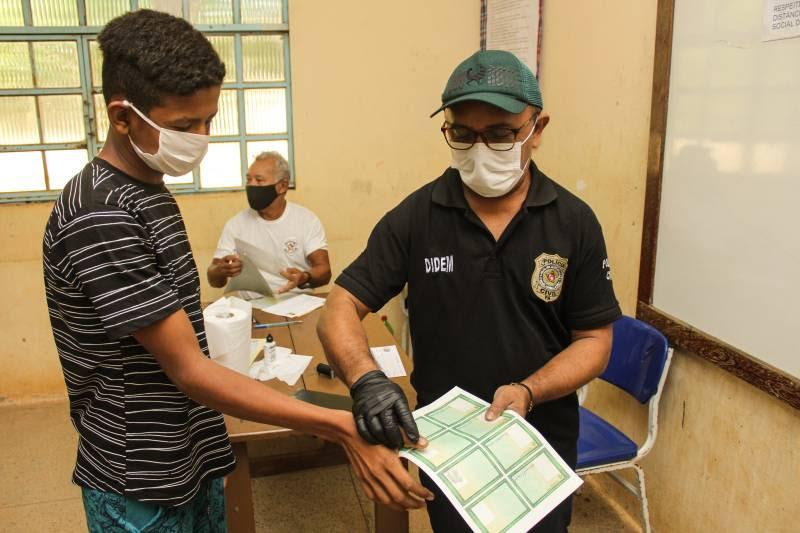Ação Cidadania atende mais de 1.400 pessoas na Vila Santa Fé, em Marabá